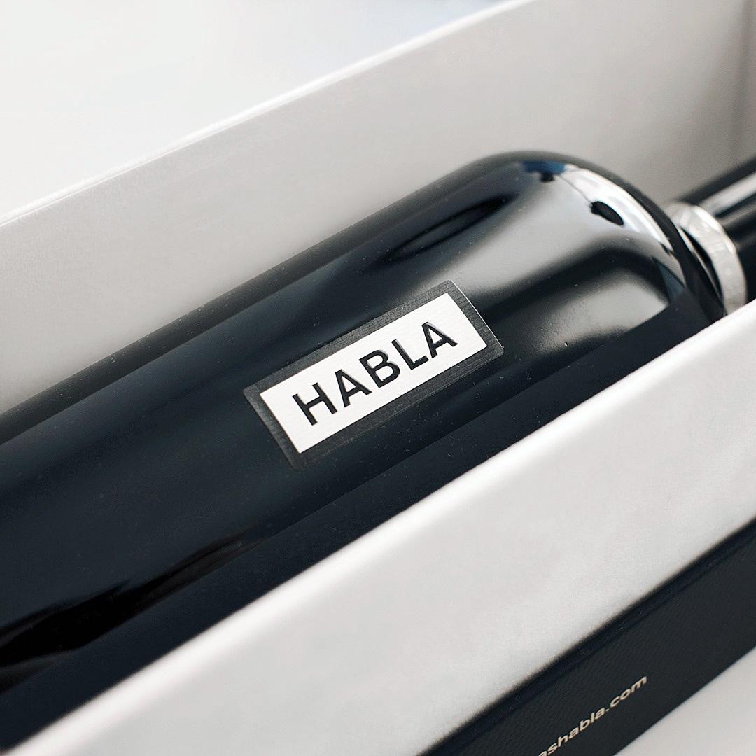 diseño de los vinos Habla - Valentín Iglesias - detalle etiqueta esencia de Habla